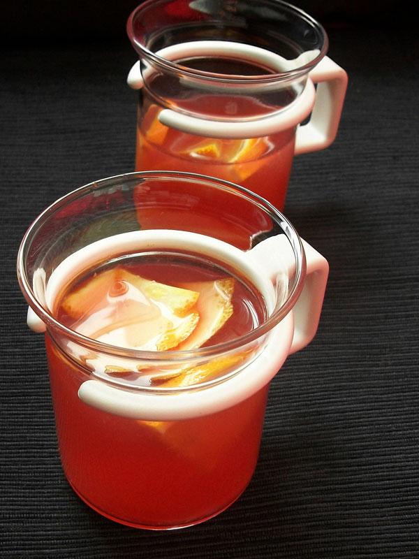 Weihnachtlicher Cranberry-Orangen-Punsch, alkoholfrei