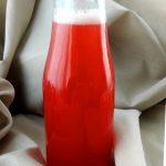 Rhabarber-Sirup in der Flasche - Flockelicious